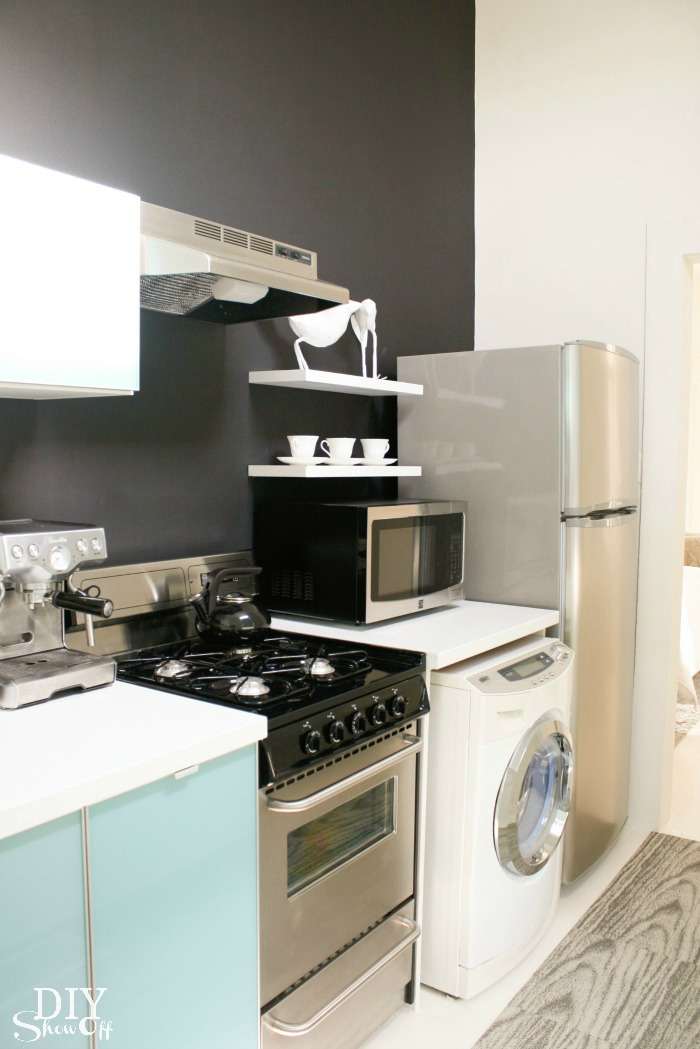 New Orleans studio apartment kitchen