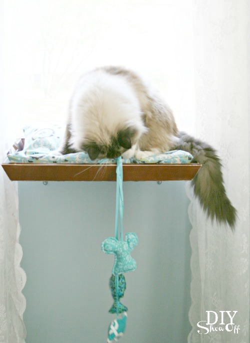 easy DIY cat window seat