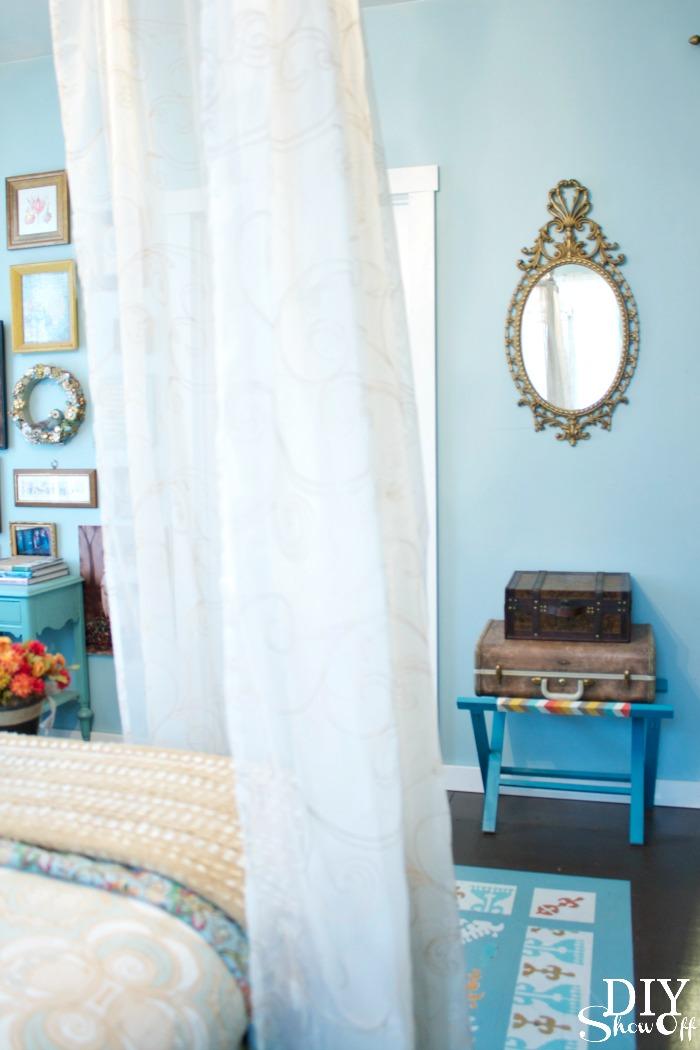 guest bedroom redo at diyshowoff.com
