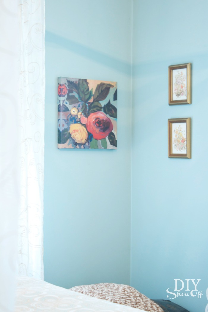 mixing old and new - eclectic guest bedroom at diyshowoff.com