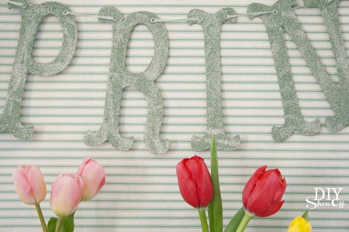 spring mantel @DIYShowOff