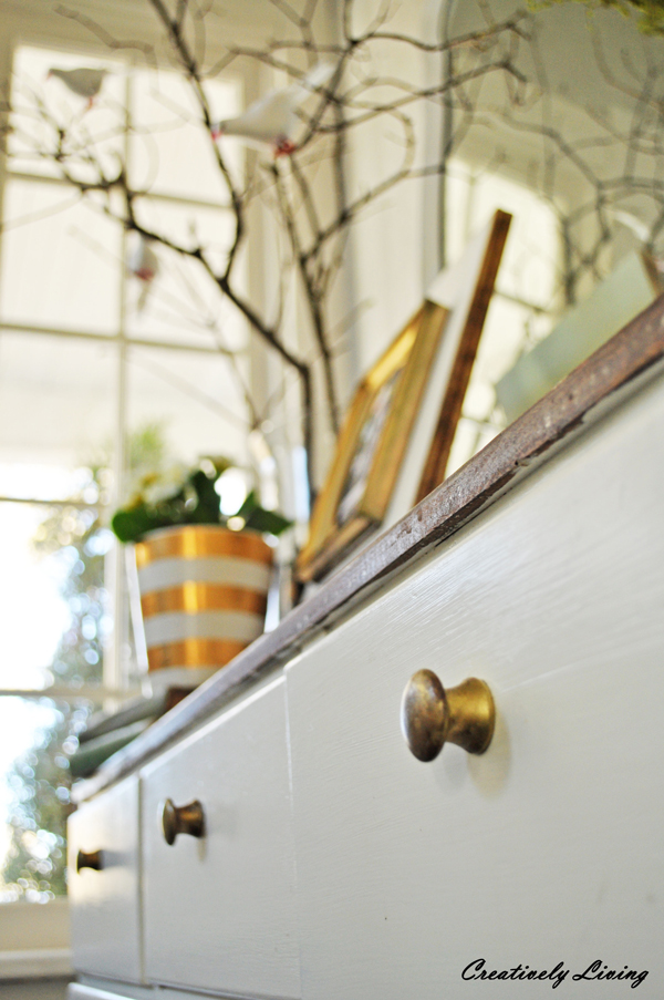 GORGEOUS entrywall reveal at Creatively Living Blog