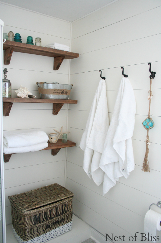 amazing bathroom makeover at Nest of Bliss