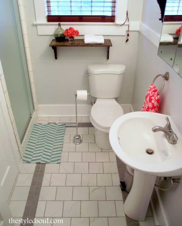 bathroom makeover at Creating Style from the Soul