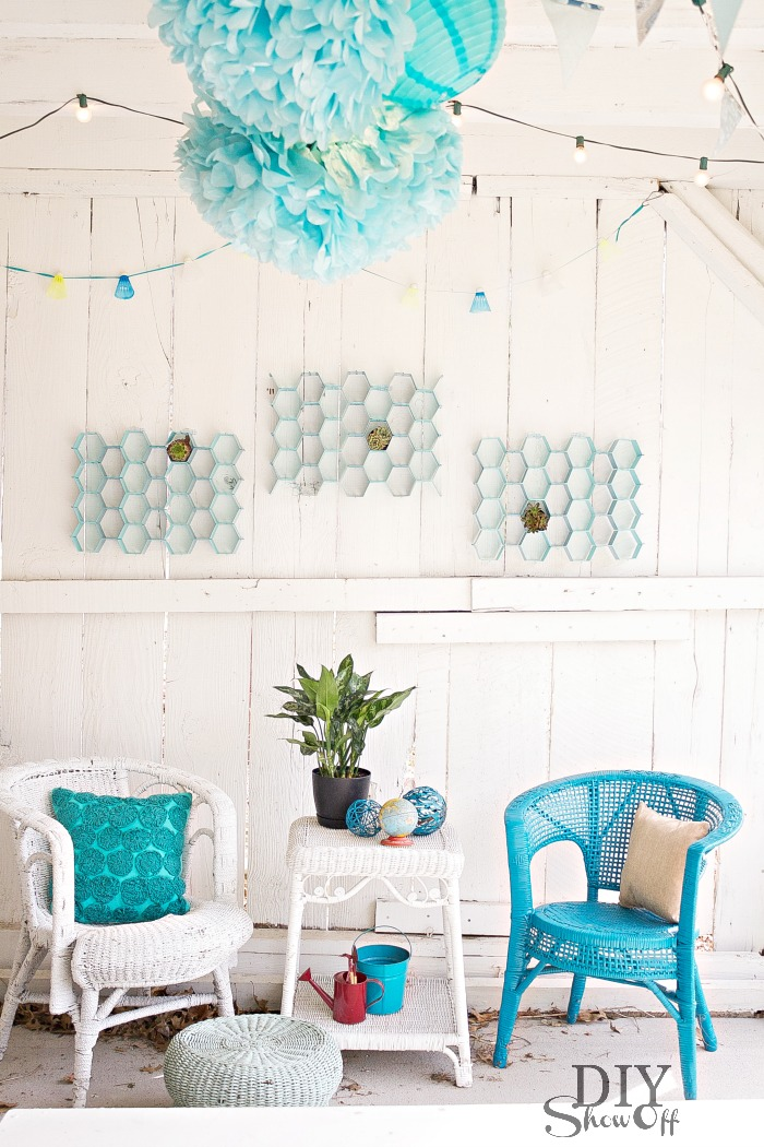 Easy DIY Indoor Outdoor Honeycomb Wall ArtDIY Show Off ... on Outdoor Garden Wall Art Ideas id=31123