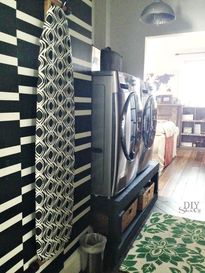 laundry room at diyshowoff.com