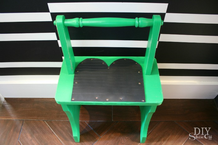 vintage step stool makeover at diyshowoff.com