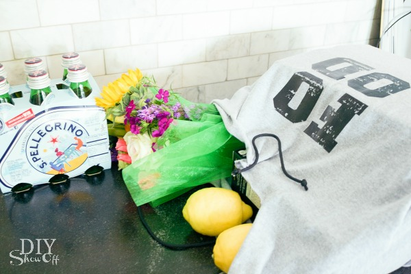 easy DIY tshirt tote bag tutorial at diyshowoff.com