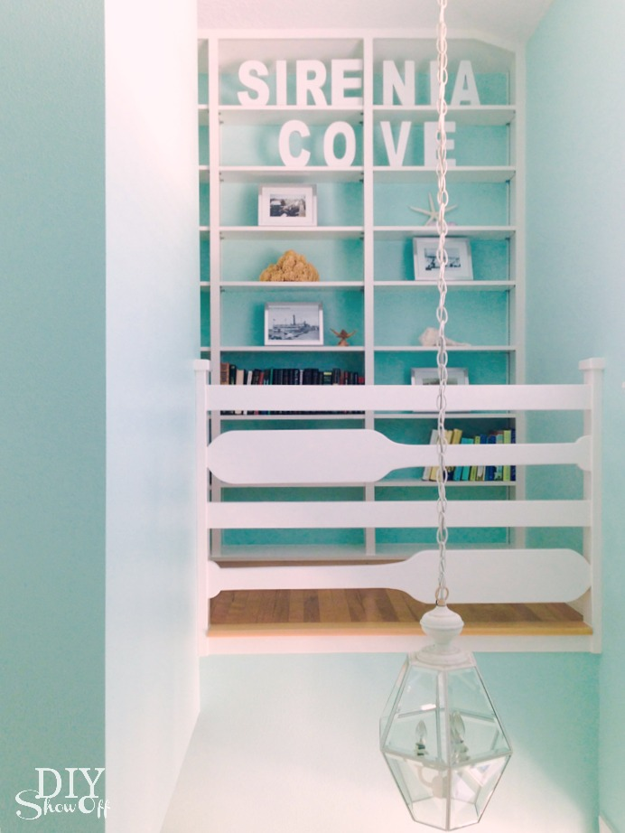 beach cottage shelving