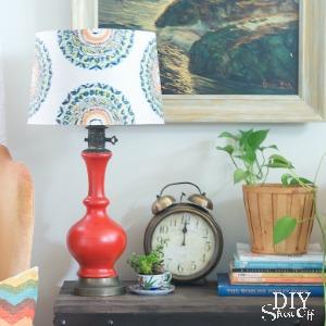 DIY lamp makeover at diyshowoff.com