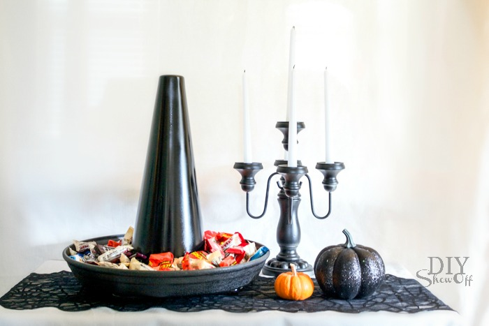 DIY Witch Hat candy dish/serving tray tutorial @diyshwoff