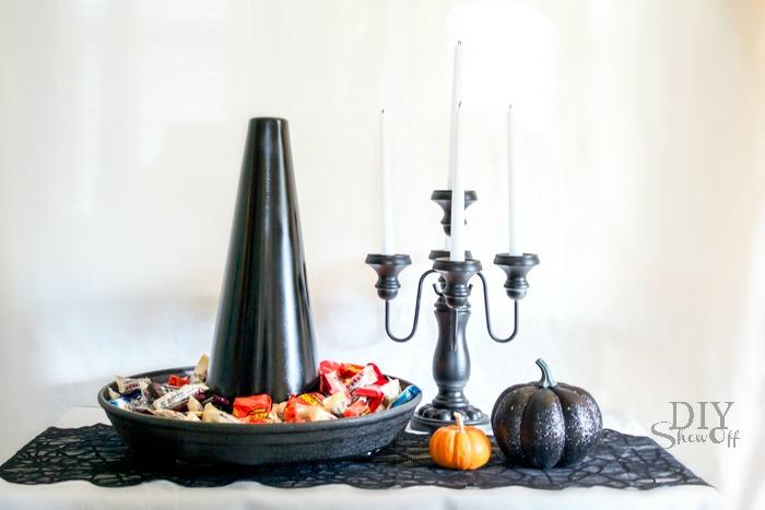 DIY Witch Hat candy dish/serving tray tutorial @diyshwoff