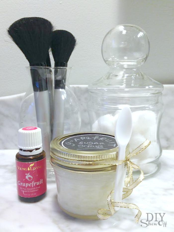 DIY essential oils sugar scrub recipe @diyshowoff