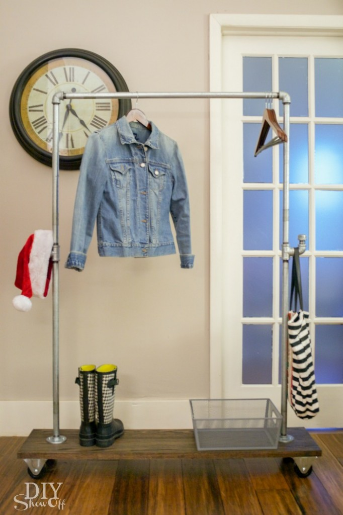 Diy Freestanding Mobile Pipe Coat Rackdiy Show Off Diy