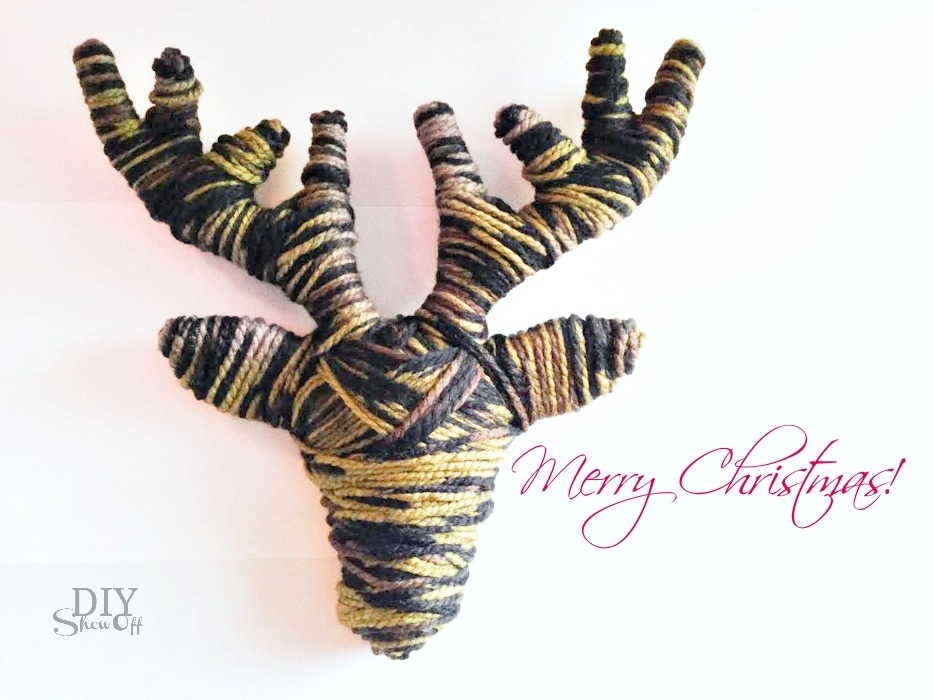 DIY yarn wrapped reindeer tutorial at diyshowoff.com