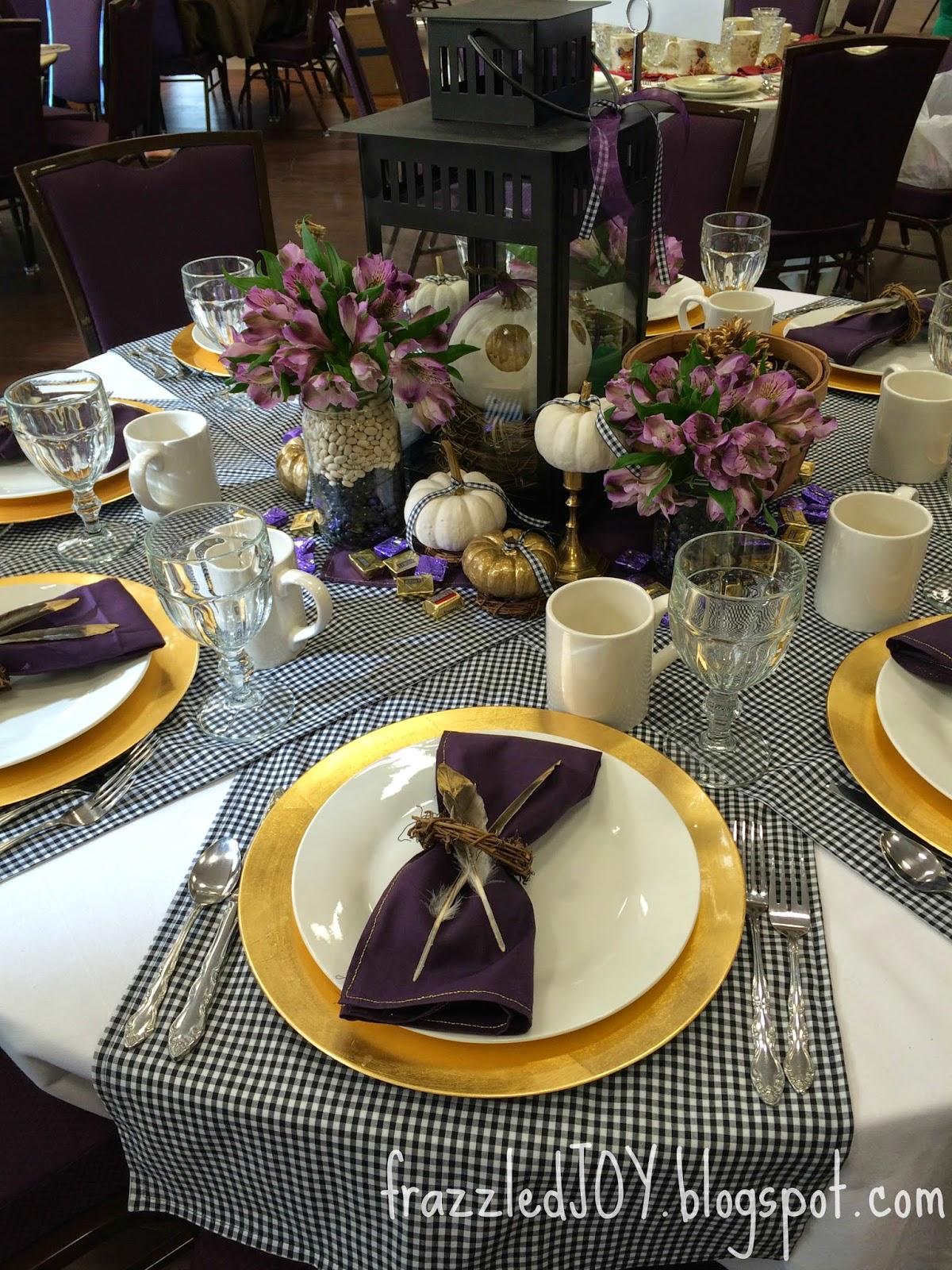 Thanksgiving table @frazzledjoy blog