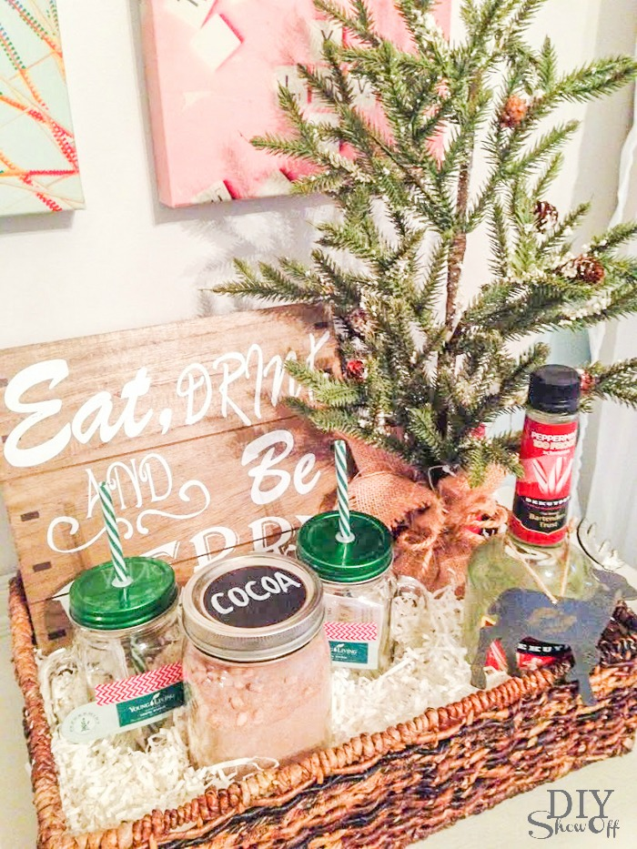 holiday gift basket idea @diyshowoff