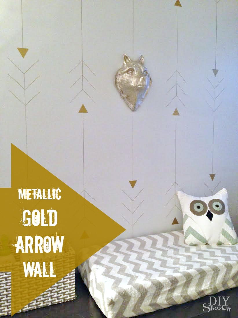 metallic gold arrow wall at diyshowoff.com