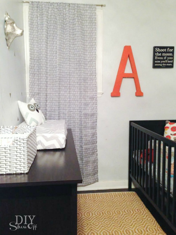 small apartment nursery nook reveal @diyshowoff