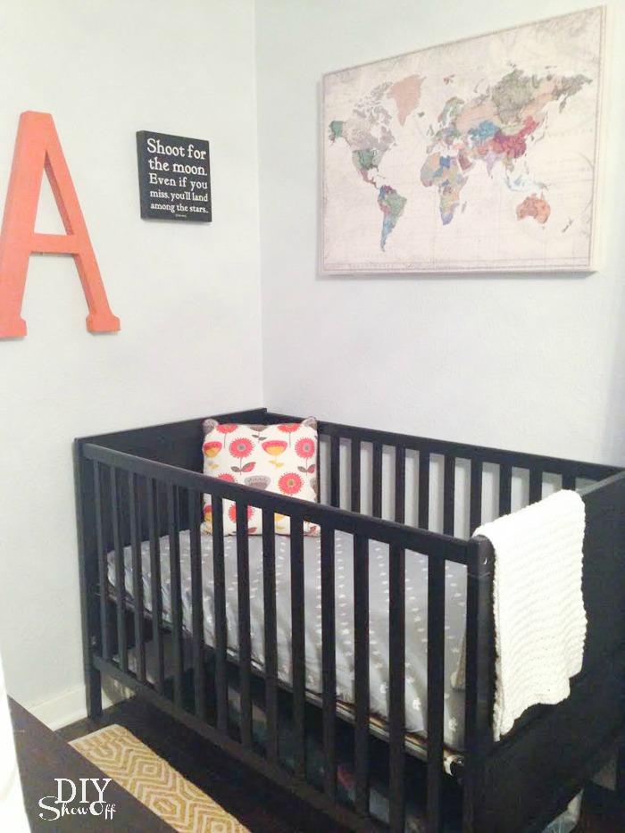 small apartment nursery nook reveal @diyshowoff