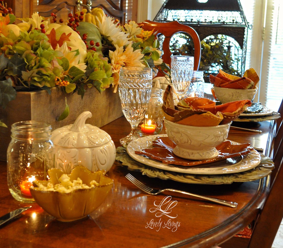 thankful table @lovelylivings blog