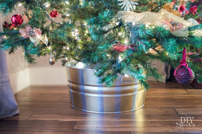 metallic striped Christmas tree tub tutorial @diyshowoff