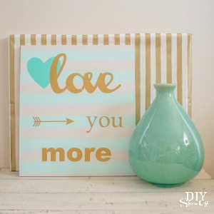 striped love sign at diyshowoff.com