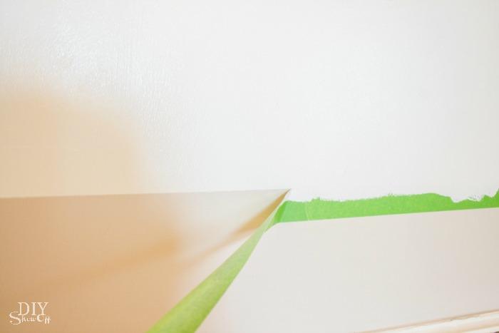 DIY striped gallery wall tutorial @diyshowoff