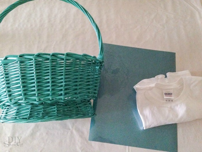 personalized Easter basket liner @diyshowoff