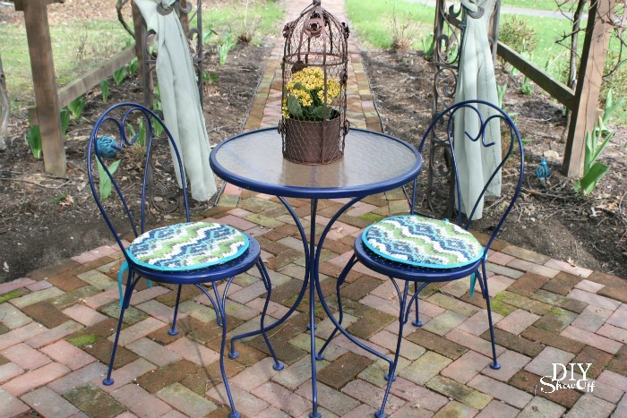 Outdoor Bistro Set Before And Afterdiy Show Off Diy