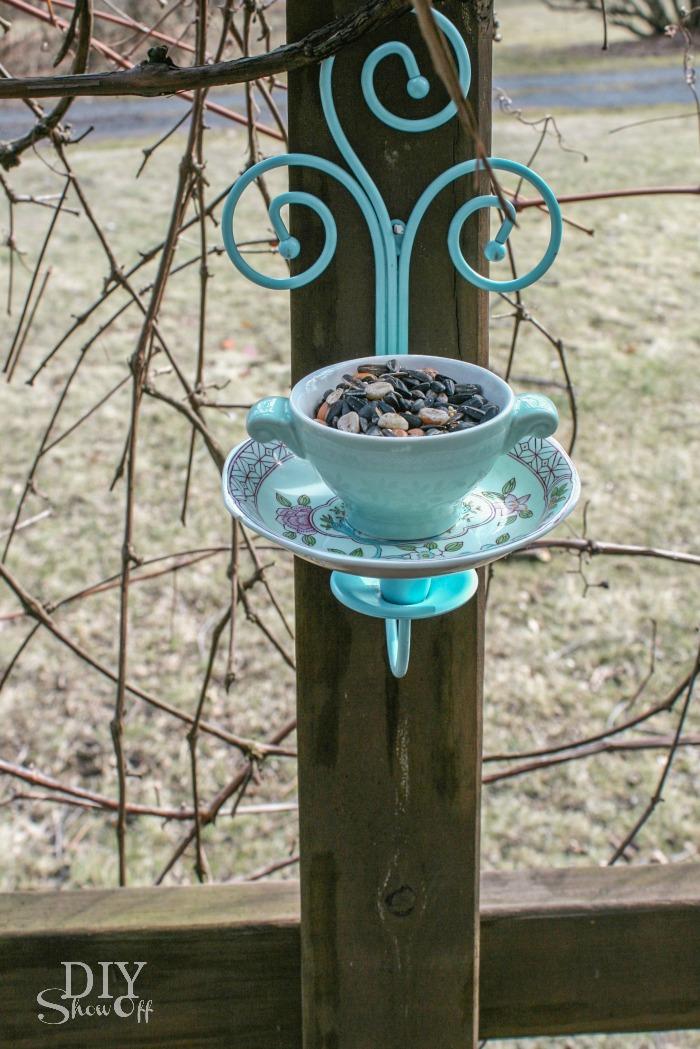 Tea Cup Candle Sconce Bird Feeder Tutorialdiy Show Off