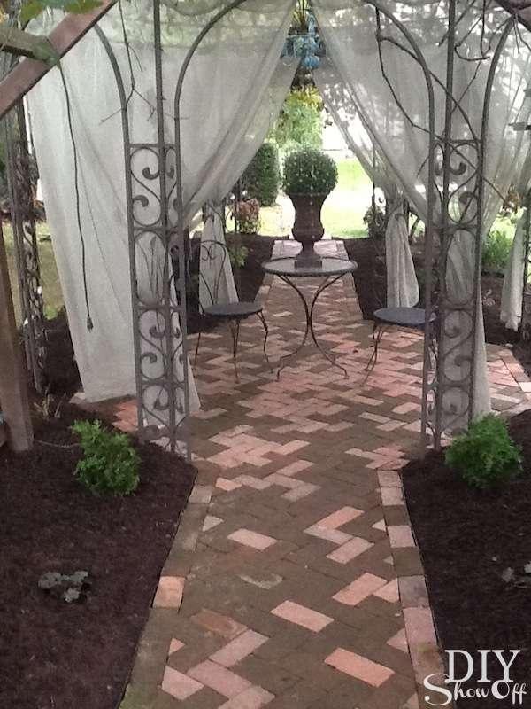 recycled brick patio @diyshowoff