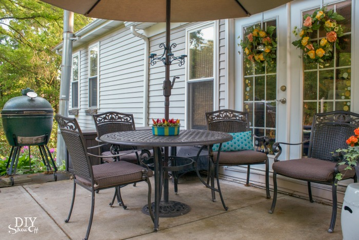 outdoor living space and patio @diyshowoff