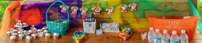 Tie Dye Party invitation #tiedyeyoursummer @michaelsstores @diyshowoff