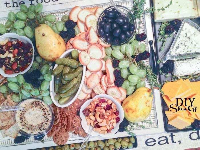 cheese crackers fruits and nuts party tray - fall make & take ideas @diyshowoff