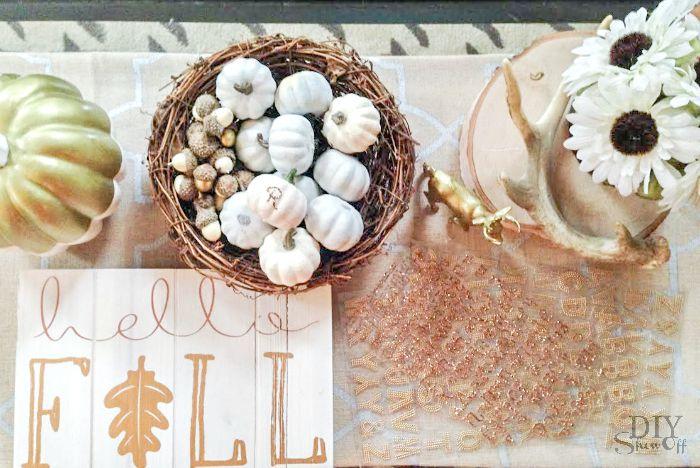 monogrammed mini pumpkins favors DIY @diyshowoff