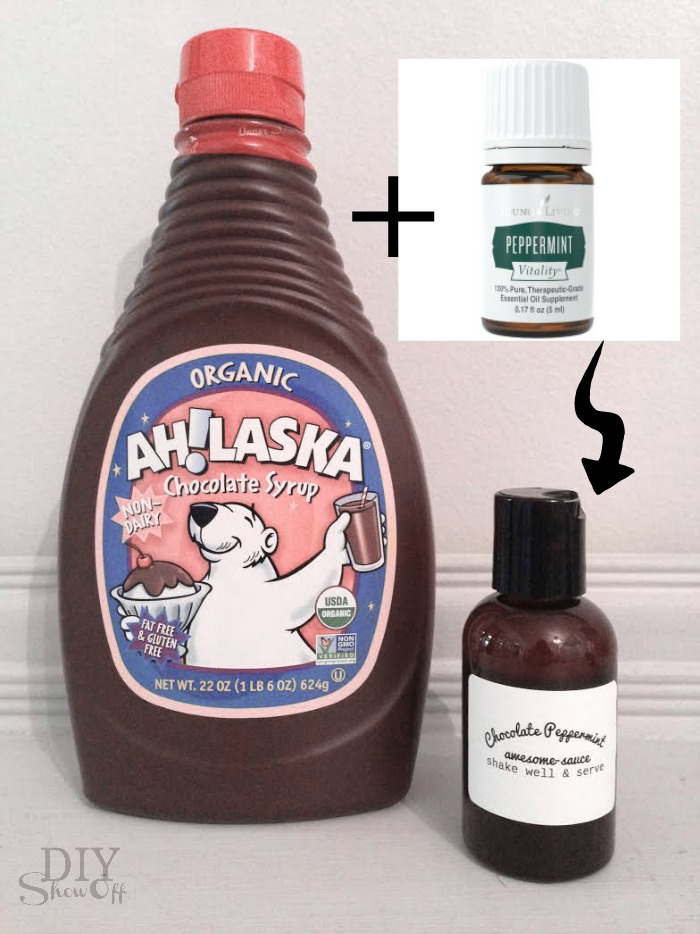 """CUTE! Chocolate Peppermint Awesome Sauce - """"You Melt My Heart"""" Valentine gift idea using Young Living Peppermint Vitality essential oil @diyshowoff"""