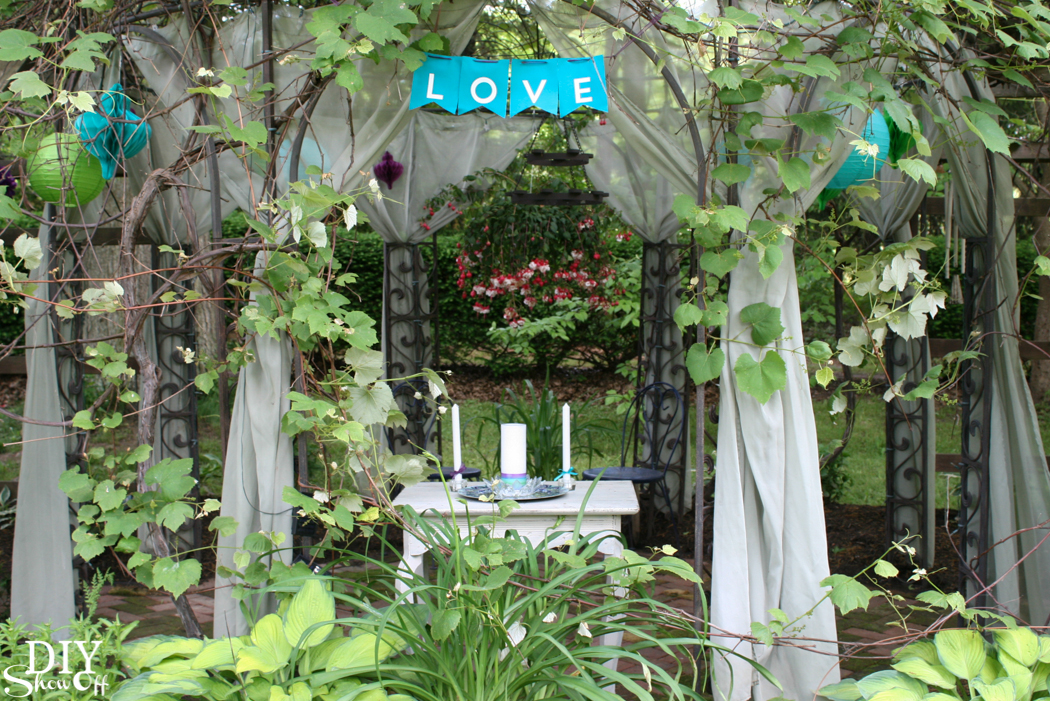 pretty backyard wedding ideas for celebrating your special day outdoors @diyshowoff #michaelsmakers