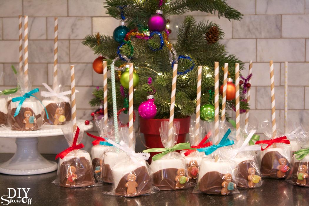 hand dipped marshmallow treats @diyshowoff #christmas