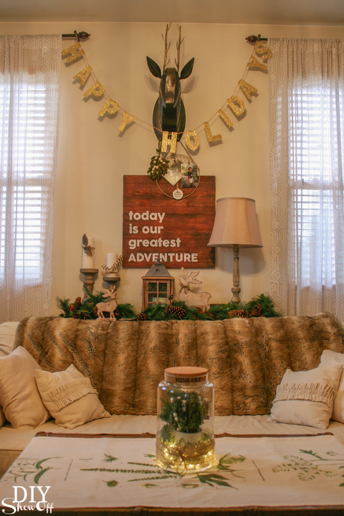 Love this Christmas mistletoe greenhouse centerpiece @diyshowoff! #makeitwithmichaels