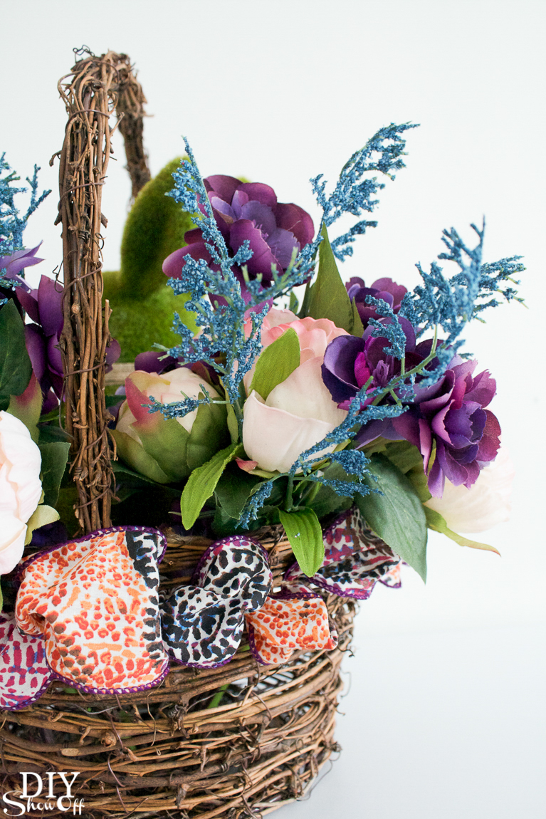 diy-spring-floral-centerpiece-tutorial-32