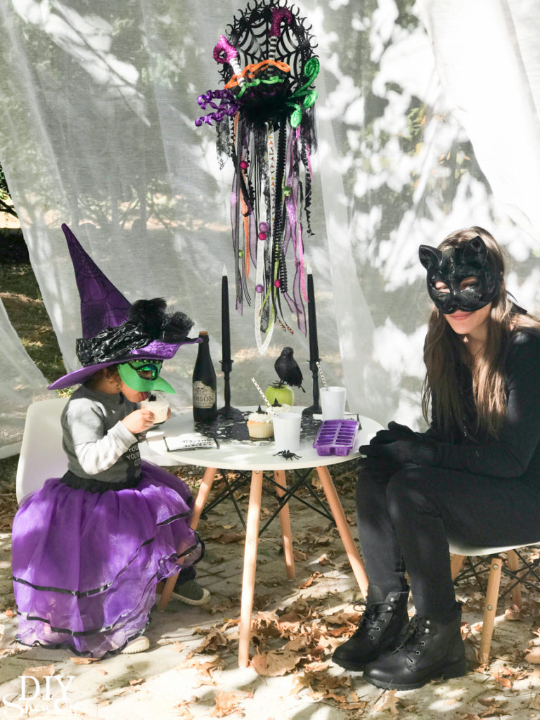 Halloween witch dreamcatcher tea party @diyshowoff #madewithmichaels