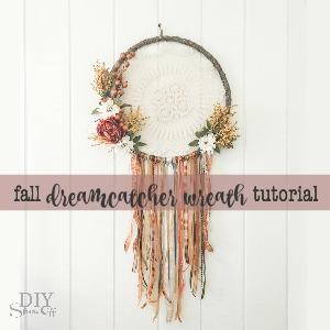 DIY fall dreamcatcher wreath door decor tutorial @diyshowoff