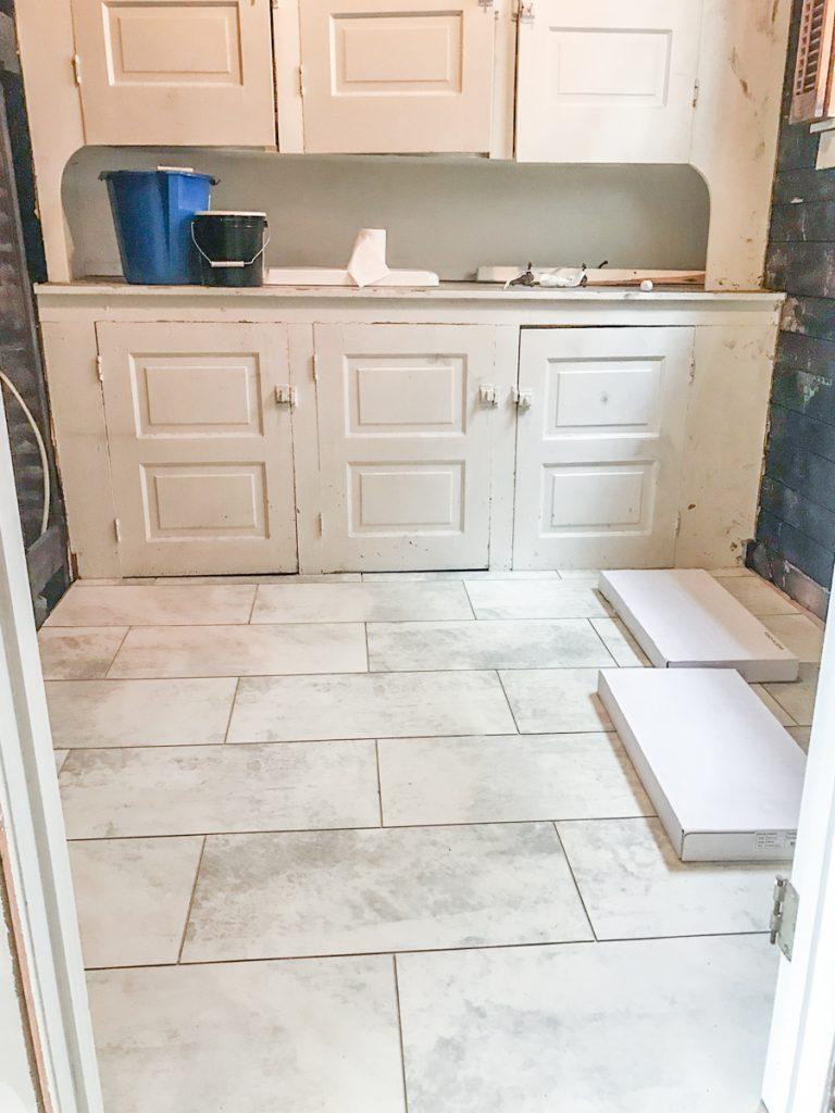 vinyl floor tile installation