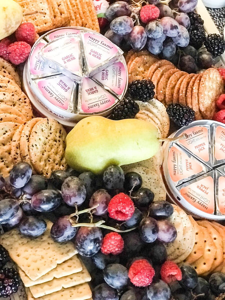 fruit crackers cheese