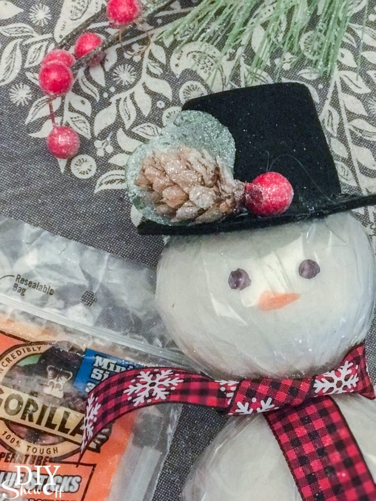 wool dryer ball snowman essential oils tutorial